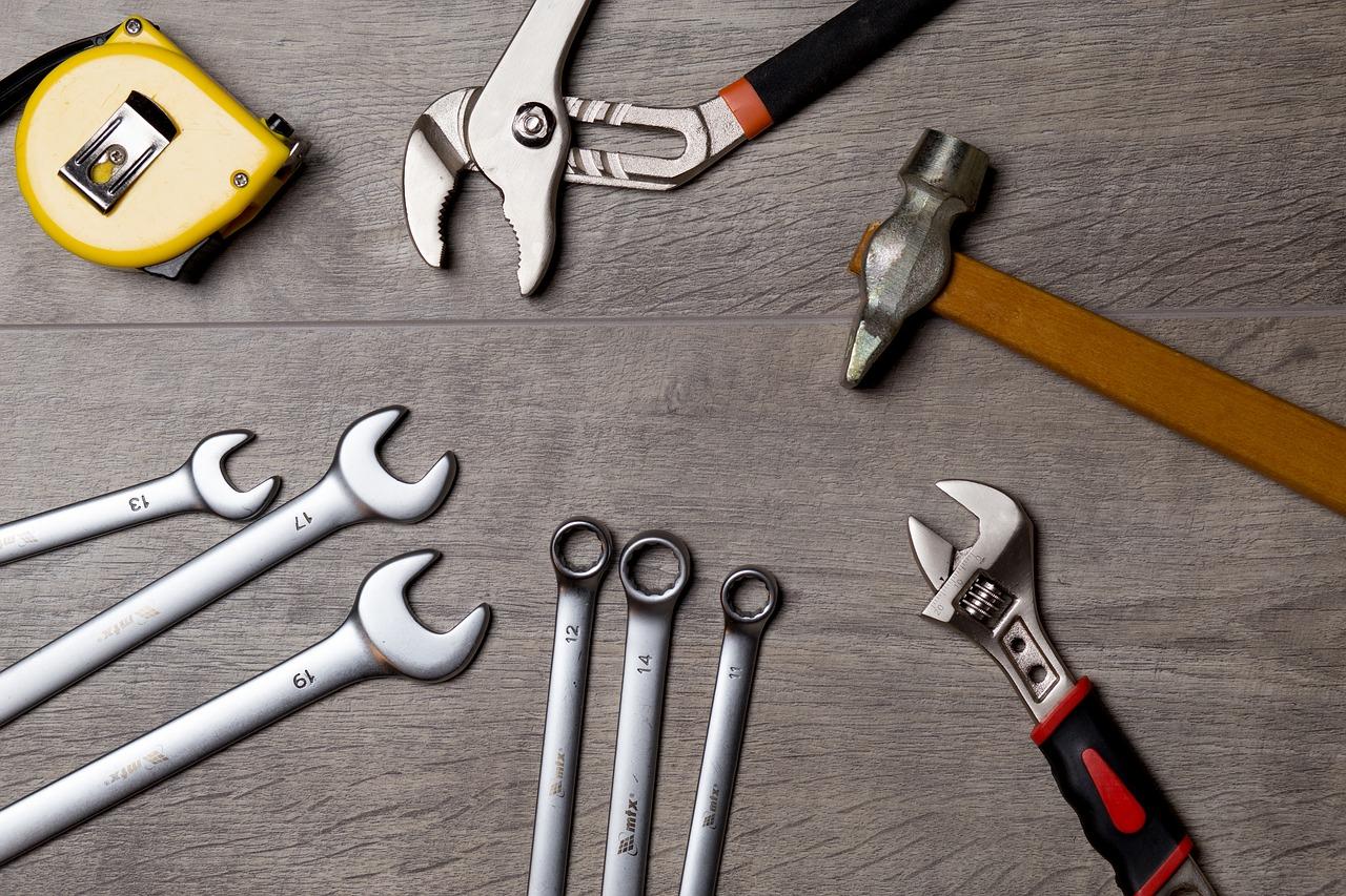 Entretien des volets : les produits et outils indispensables
